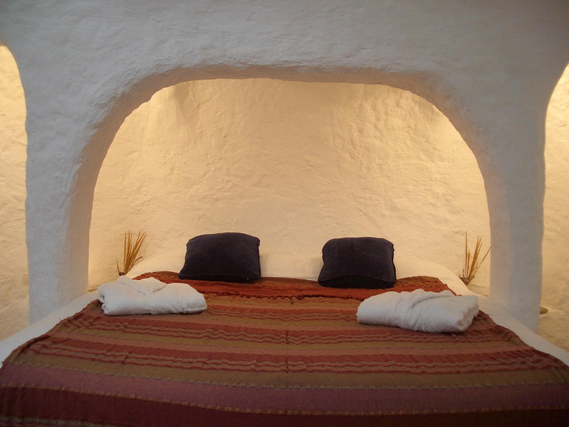 cama habitacion esparto