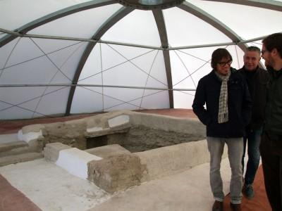 visita de la Necropolis, tumba