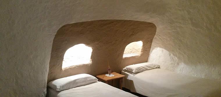 camas cueva 5, cave 5, Höhle 5, grotte 5
