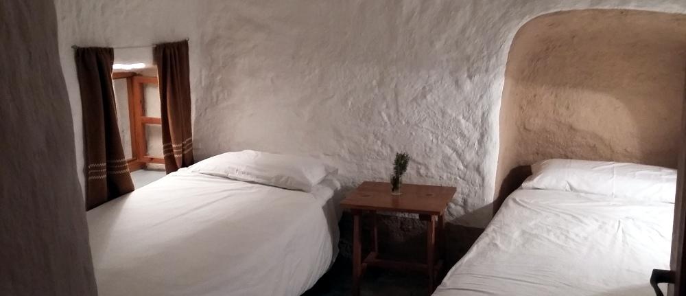habitación doble cueva 5, cave 5, Höhle 5, grotte 5